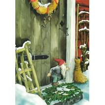 216 - Dwarf in front of the entry door - postcard