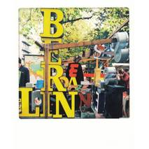 Characters of Berlin - Pickmotion Postcard