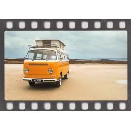 Orangener VW-Bus - DIA-Postkarte
