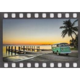 VW - Bus unter Palmen