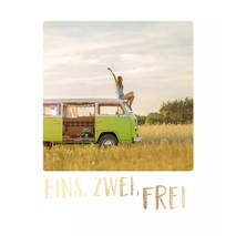 Eins, zwei, frei - Travel Memories Postcard